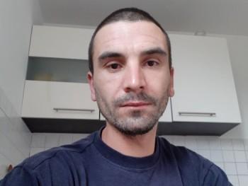 Manfredy 36 éves társkereső profilképe