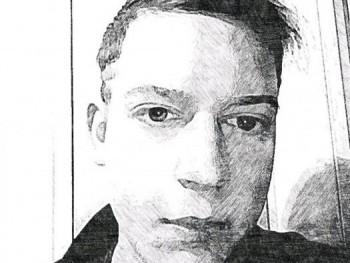 blakekonig23 18 éves társkereső profilképe