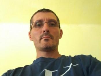 zoli17 36 éves társkereső profilképe