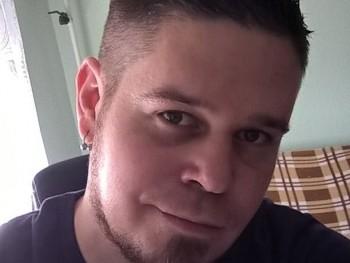 Ádám001 33 éves társkereső profilképe