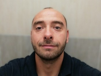 Josee 32 éves társkereső profilképe