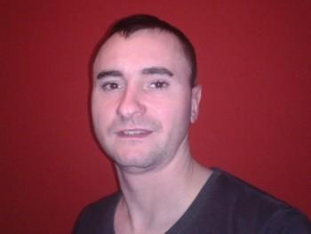 Mate33 34 éves társkereső profilképe