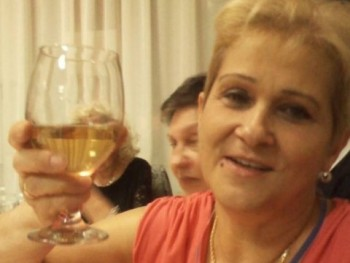 Valéria 54 66 éves társkereső profilképe