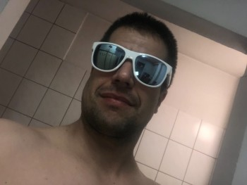 elkapo 37 éves társkereső profilképe