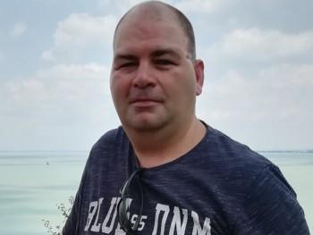 zsoltika251 45 éves társkereső profilképe
