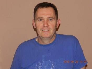 nagyesztó 44 éves társkereső profilképe