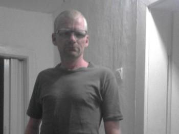 Maszlag Zsolt 38 éves társkereső profilképe