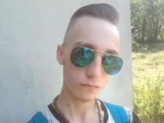 Bodzás Adrián - 19 éves társkereső fotója