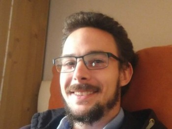 exotech 33 éves társkereső profilképe