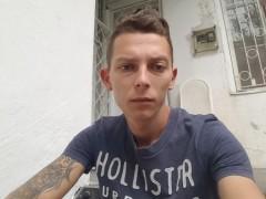 alex144 - 26 éves társkereső fotója