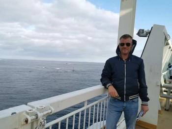 Skorpio 46 éves társkereső profilképe