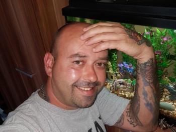 joco8002 40 éves társkereső profilképe