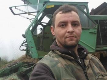 Józsi09 41 éves társkereső profilképe