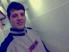 Zoli7756 - 18 éves társkereső fotója