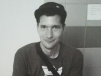 Nicho33 34 éves társkereső profilképe