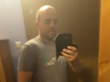 csaba w86 34 éves társkereső profilképe