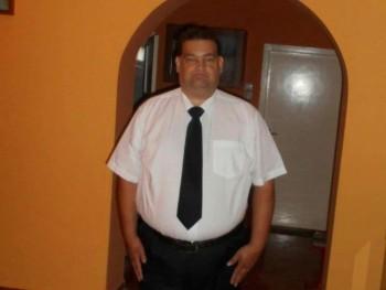 fadd 46 éves társkereső profilképe