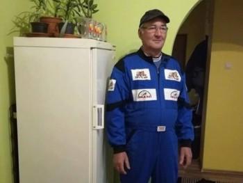 csevi 60 éves társkereső profilképe
