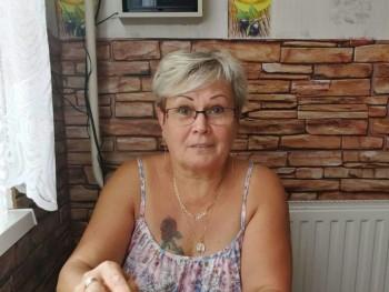 borbala 65 éves társkereső profilképe