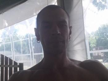 Józsi36 37 éves társkereső profilképe