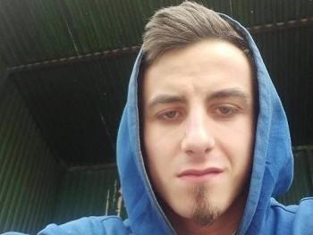 rolandmate18 23 éves társkereső profilképe