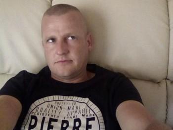 feeery 36 éves társkereső profilképe