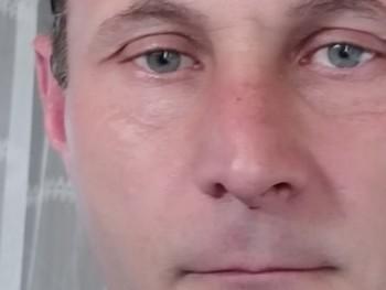 gsr 43 éves társkereső profilképe