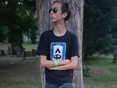 Dexter2222 - 18 éves társkereső fotója