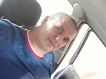 jani44 46 éves társkereső profilképe