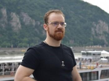 Boros Csanád 30 éves társkereső profilképe