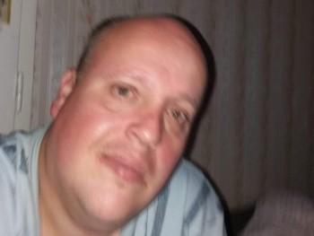 omega 40 41 éves társkereső profilképe