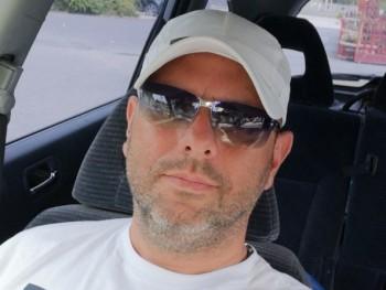 Amcor 49 éves társkereső profilképe