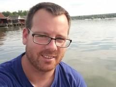 Tomi8812 - 31 éves társkereső fotója