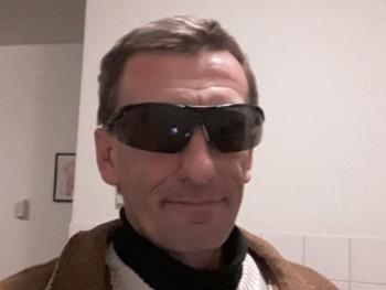 SteveCHS 46 éves társkereső profilképe