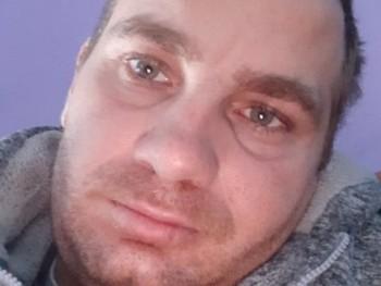 Robi30 31 éves társkereső profilképe