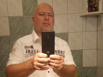 bakoserik 41 éves társkereső profilképe