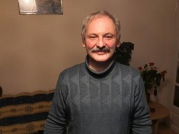 csárli7307 57 éves társkereső profilképe
