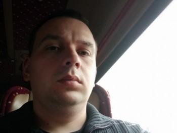 Zsolt8727 32 éves társkereső profilképe