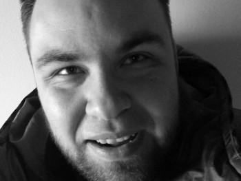 Gabor0328 28 éves társkereső profilképe