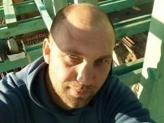 Róbert83 - 36 éves társkereső fotója