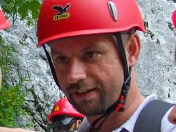 TakeMe 45 éves társkereső profilképe