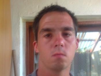zetor35 28 éves társkereső profilképe