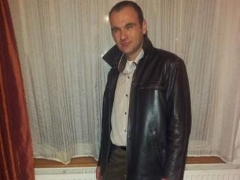 Tomasz98 41 éves társkereső profilképe