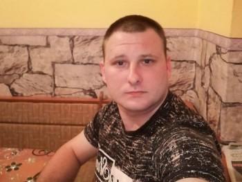 magyar2424 25 éves társkereső profilképe
