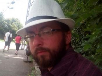 Nyitrai01 32 éves társkereső profilképe