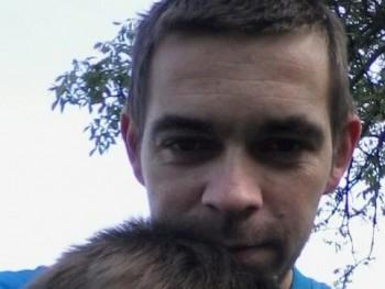 birojoci 34 éves társkereső profilképe