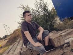 Pisti0914 - 17 éves társkereső fotója