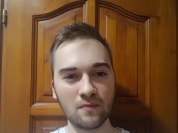 Bálint99 21 éves társkereső profilképe