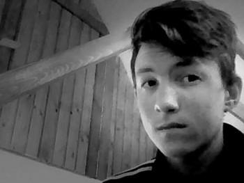 S zolika5 20 éves társkereső profilképe