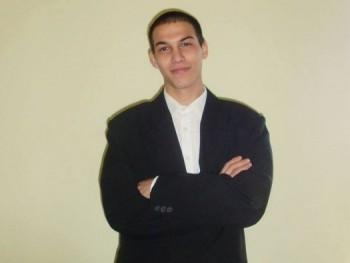 zoltan920601 28 éves társkereső profilképe